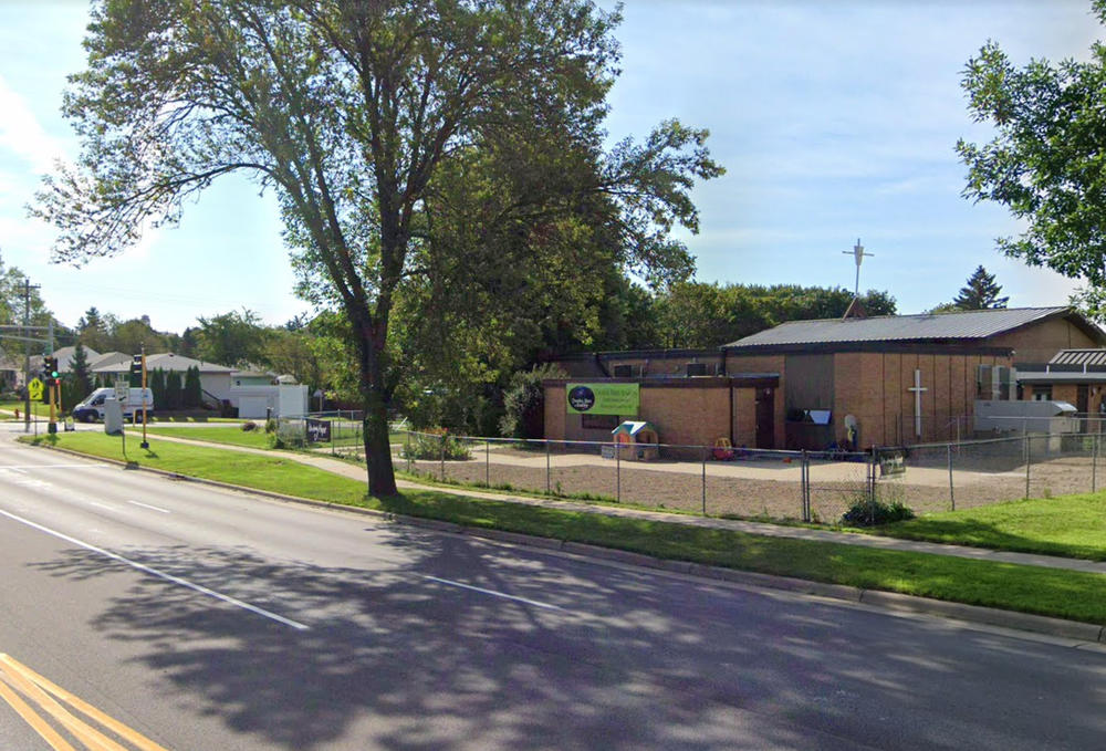 Right Off Highway 52 And Accessible By Car Or Bus - Preschool & Daycare Serving Rochester, MN